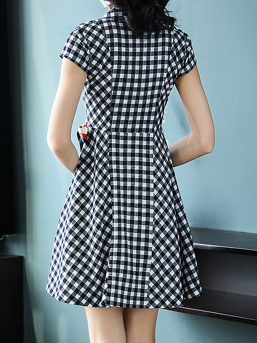 f2907e87943a2 Surplice Neck Black-white Date Short Sleeve Cotton Wrap Gingham Midi Dress