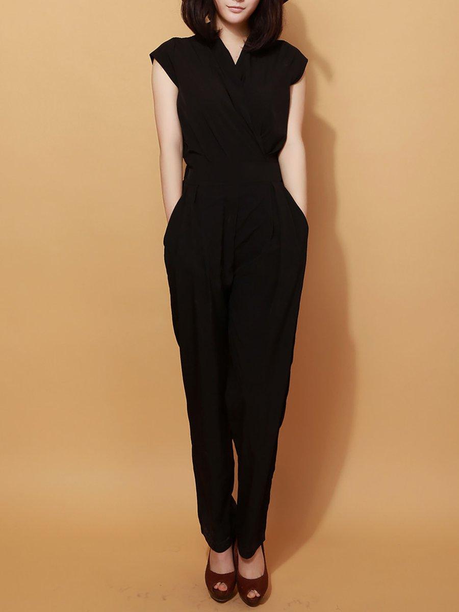 4fa3b09a5917 Solid Pockets Casual Shawl Collar Sleeveless Jumpsuit