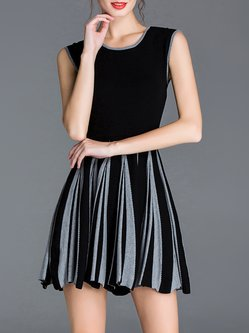 Simple Sleeveless Color-block Knitted Mini Dress