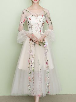 Elegant Floral Embroidered Bell Sleeve Swing Maxi Dress