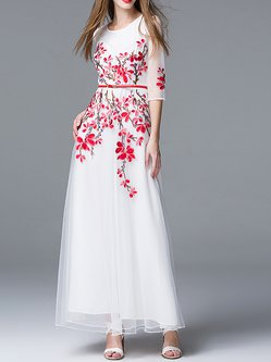 White Maxi Dress A-line Daytime 3/4 Sleeve Embroidered Dress