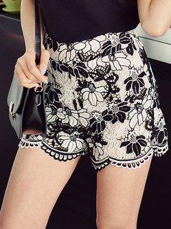 Black-white Guipure Floral A-line Shorts