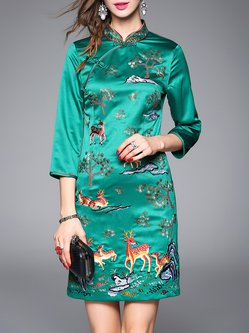 Green Sheath Embroidered Polyester 3/4 Sleeve Midi Dress