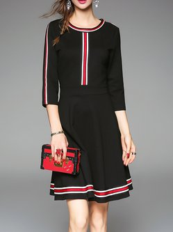 Black 3/4 Sleeve Crew Neck Zipper Stripes Midi Dress