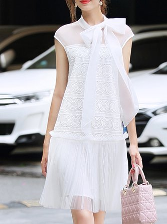 Summer Sweet Tie-Neck Shift Date Solid Dress