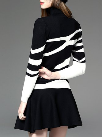 Abstract Casual Turtleneck Color-Block Printed Top