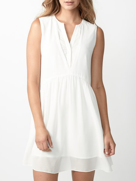 White Tiered Sleeveless Chiffon V Neck Mini Dress