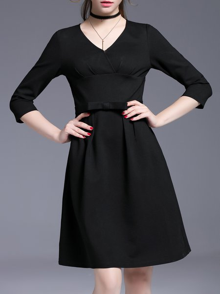 Black Elegant V Neck Solid Midi Dress