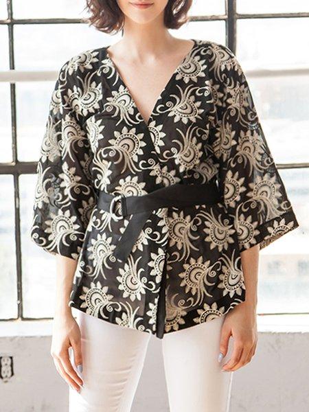 Black 3/4 Sleeve Embroidered Floral Kimono