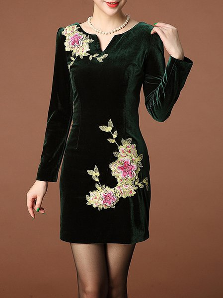 Green Long Sleeve V Neck Embroidered Mini Dress