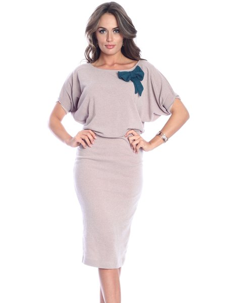 Beige Solid Batwing Crew Neck Midi Dress