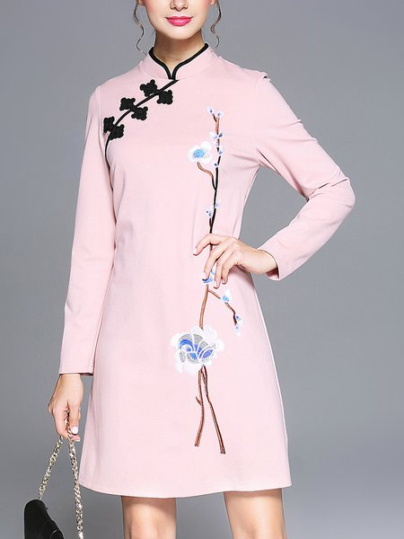 Pink Elegant Stand Collar Floral-embroidered Midi Dress
