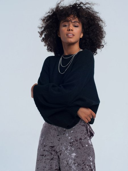 Black Solid Casual Crew Neck Sweater