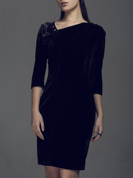 Black 3/4 Sleeve Solid Sheath Velvet Midi Dress