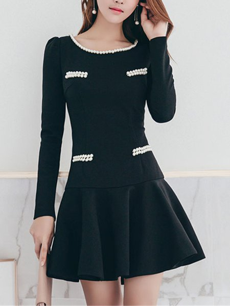 Elegant Beaded Plain Long Sleeve Flounce Midi Dress
