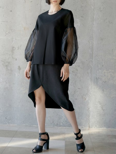 Black Long Sleeve H-line Organza Paneled Blouse