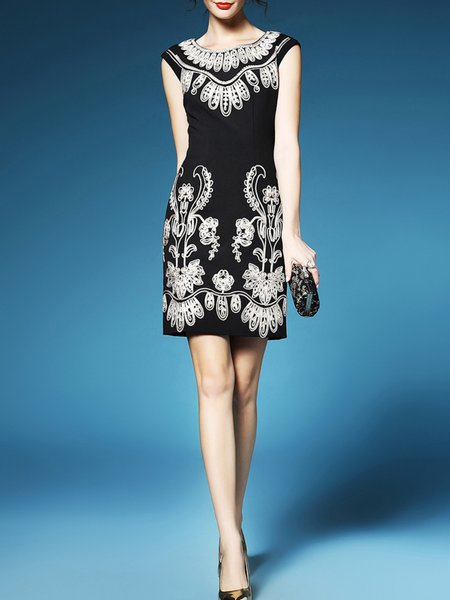 Black Vintage Crew Neck Embroidery Sheath Mini Dress