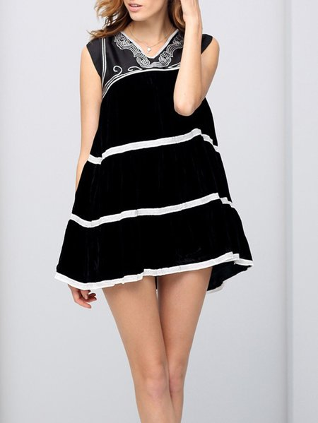Black Stripes Sleeveless Swing Color-block Mini Dress