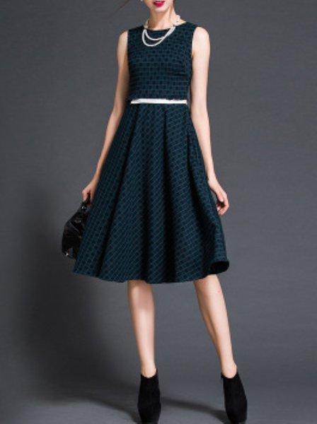 Green Paneled A-line Checkered/Plaid Sleeveless Midi Dress