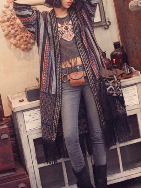 https://www.stylewe.com/product/multicolor-shift-half-sleeve-stripes-v-neck-kimono-20060.html