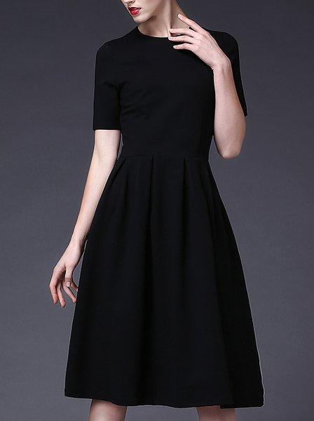 Plus Size Black Shirred Vintage A-line Crew Neck Midi Dress