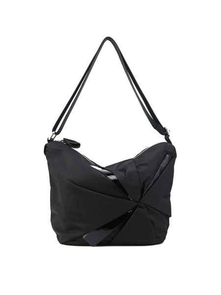 Black Zipper Nylon Casual Satchel