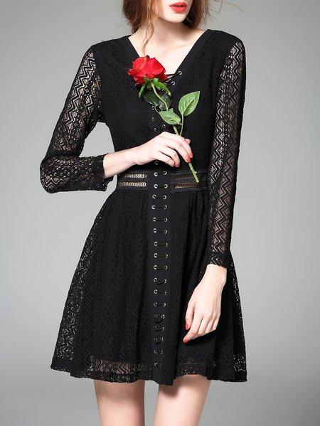 Black Long Sleeve Plain Polyester Pierced Mini Dress