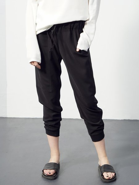 Black Pockets Polyester Casual Plain Cropped Pants