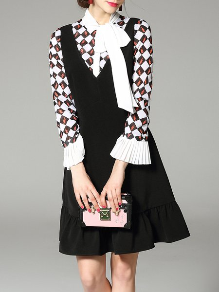 Black Geometric Paneled Polyester Frill Sleeve Midi Dress