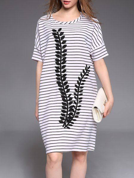 White Stripes H-line Crew Neck Half Sleeve Midi Dress