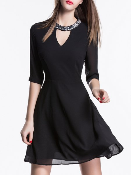 Black Plain Crew Neck Half Sleeve Mini Dress