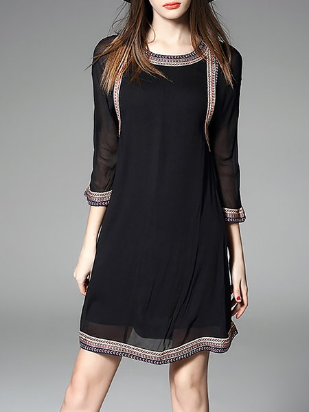 Black Paneled Crew Neck H-line 3/4 Sleeve Midi Dress
