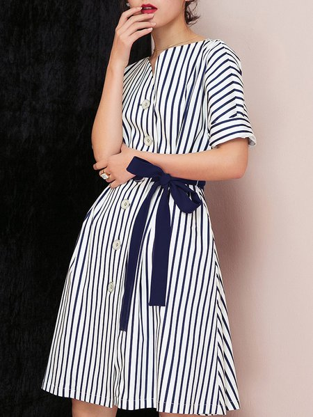 Blue Short Sleeve Buttoned Cotton Midi Dress