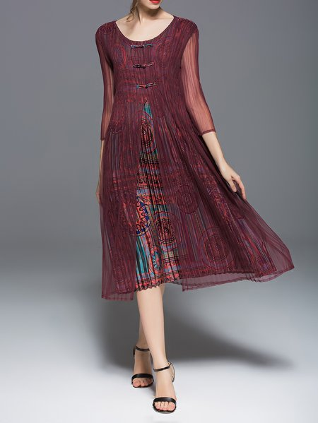 Burgundy 3/4 Sleeve Paneled Midi Dress
