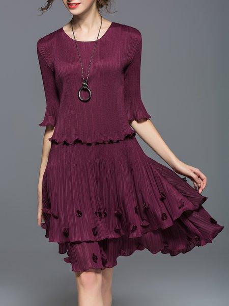 https://www.stylewe.com/product/burgundy-appliqued-half-sleeve-midi-dress-51224.html