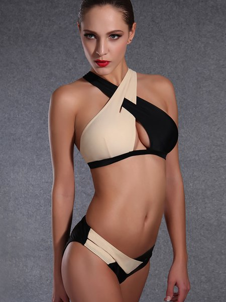 Black Straped Plain Color-block Bikini