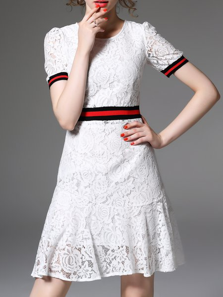 Lace Girly Pierced A-line Short Sleeve Mini Dress