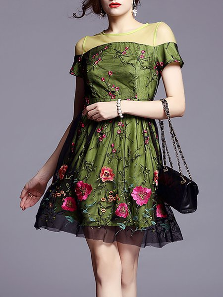 Short Sleeve Floral Crew Neck Casual Mini Dress