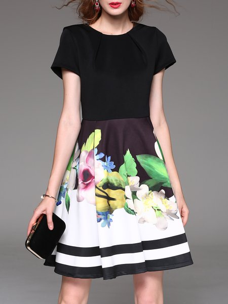 Black Floral Printed A-line Short Sleeve Mini Dress