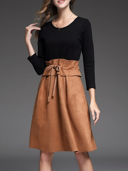 Khaki 3/4 Sleeve Scoop Neckline Paneled Midi Dress