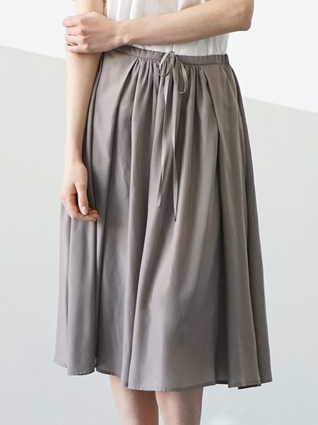 Gray Rayon A-line Shirred Simple Midi Skirt