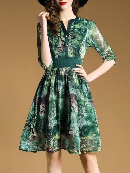 Green 3/4 Sleeve Chiffon V Neck Printed Midi Dress