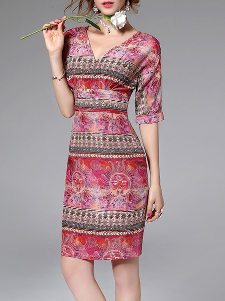 Vintage Abstract Printed Gathered V Neck Half Sleeve Midi Dress