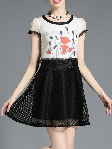 Short Sleeve Pierced Girly Mini Dress