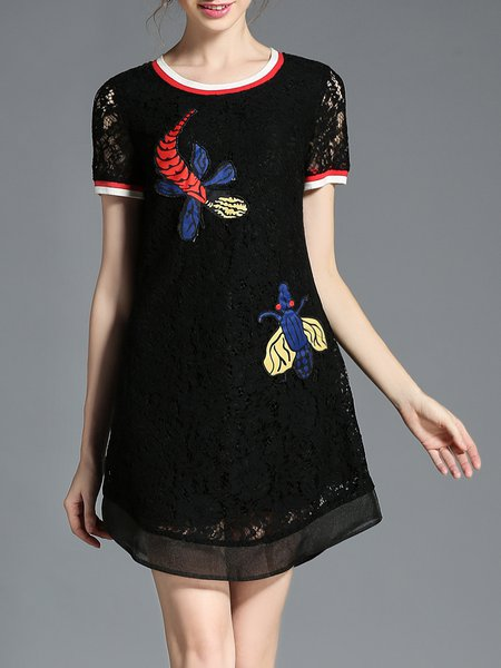 Black Plus Size Crew Neck Lace Appliqued Mini Dress