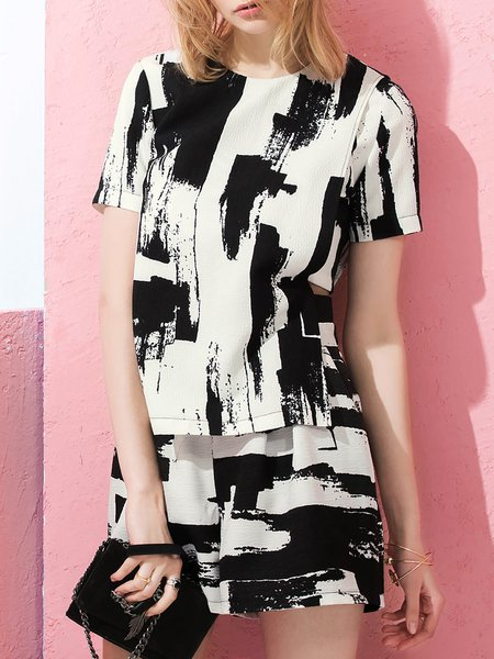 Black Abstract Polyester Zipper Short Sleeved Top