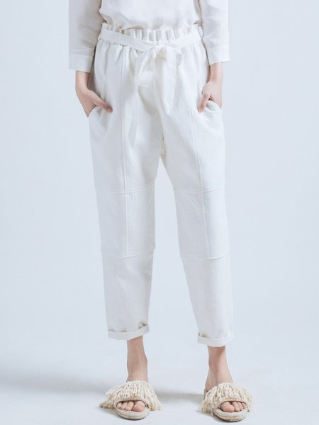 White Cotton Pockets Straight Leg Pants with Belt