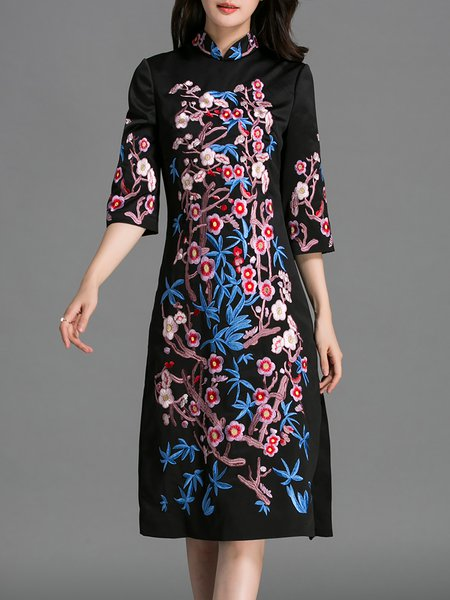 Black Embroidered Stand Collar Vintage Midi Dress