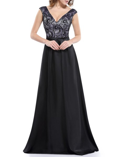 Black Sexy Sleeveless Plunging Neck Evening Dress