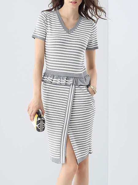 Sweet Short Sleeve Pockets Stripes Peplum Sweater Dress